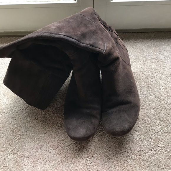 Kenneth Cole Tall Suede Boots Sz 11